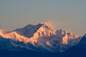 640px-Kanchenjunga_India
