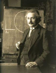 365px-Einstein_1921_by_F_Schmutzer